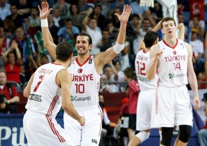 TÜRKİYE:95-FRANSA:77-(basket)