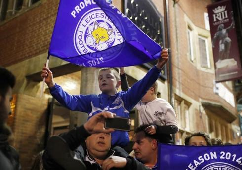 ...VE �AMP�YON LEICESTER CITY