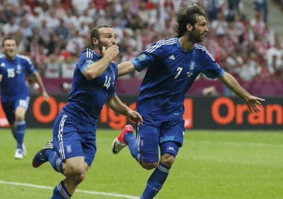Yunanistan'da iki futbolcu veda etti!