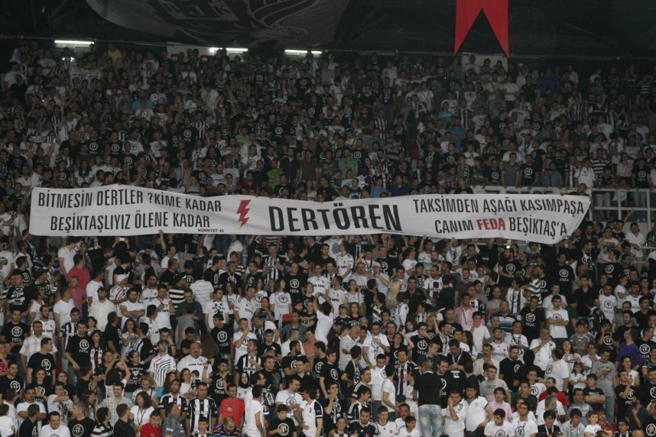Fenomenul Ultras in alte sporturi - Pagina 5 Besiktas_milangaz__3a558_800