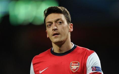 Mesut Özil'in yeni sarayı büyülüyor