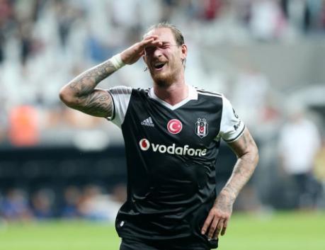 Beşiktaş'ta gidecek futbolcular belli oldu!