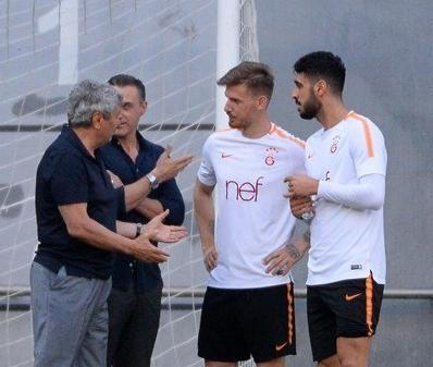 Mircea Lucescu Galatasaray antrenmanında