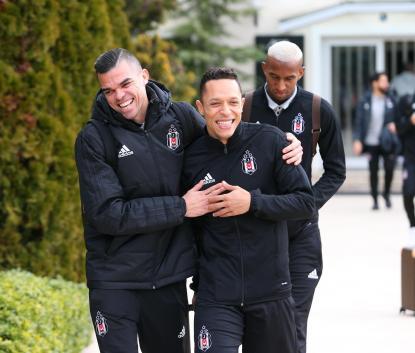 Beşiktaş, Almanya'ya gitti