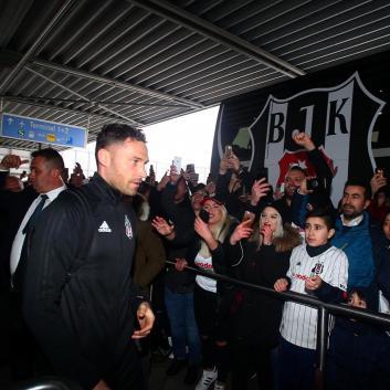 Beşiktaş kafilesine Almanya'da gurbetçi akını!
