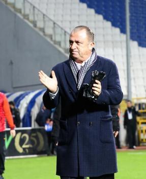 Galatasaray'da sezon sonu 10 yolcu