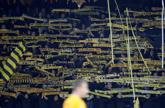 Valencia şaşırtmadı: Yine beraberlik!