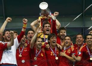 İspanya'dan 4x4'lük şampiyonluk!