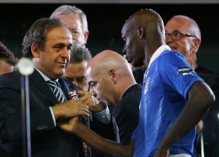 Platini'den Balotelli yorumu