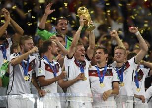 24 yıl sonra Almanya!