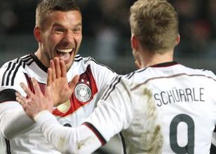 'Podolski imza atıyor' haberi
