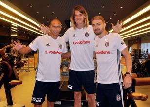 Caner Erkin geldi,Beşiktaş  yabancı stoperden vazgeçti
