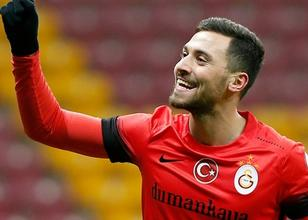 Galatasaray'ın yıldızı Sinan Gümüş, pes etmiyor!