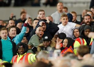 West Ham taraftarı uslanmıyor!