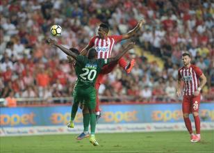 Antalya'da 4 gol var ama kazanan yok!
