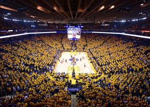 Golden State Warriors'ın yeni salonu için 30 sezonluk mega kombine!