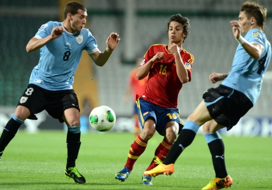 Uruguay, İspanya'yı uzatmalarda yıktı