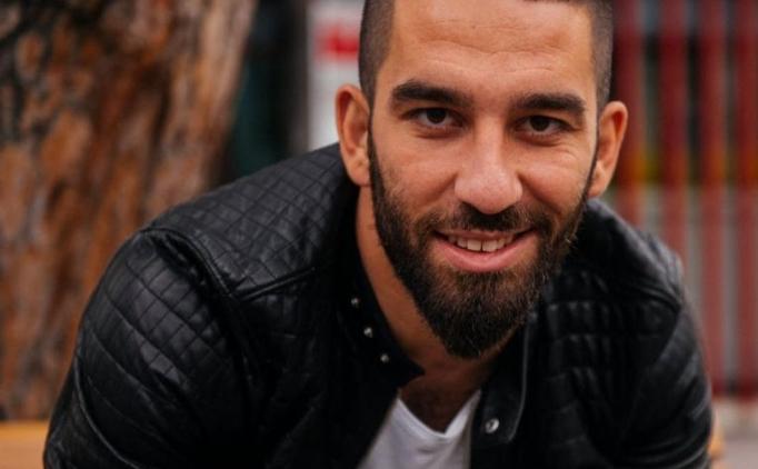 ARDA TURAN'IN BARCELONA'YA TRANSFER� TAR�H� B�YLE DE���T�RD�