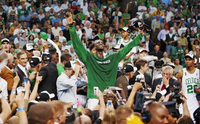 NBA TAR�H�NDEK� EN B�Y�K FREE AGENT HAMLELER�