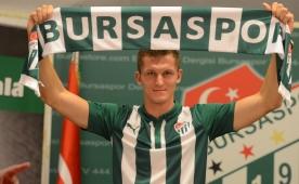 Bursaspor golc�s�ne kavu�tu! 4 y�ll�k imza