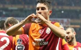 Galatasaray, UEFA i�in Telles'i satacak