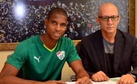 Bursa, 17. transferi Faty ile imzalad�