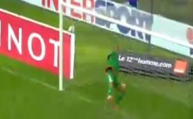 Buffon'a ta�tan harika bir gol att�!...