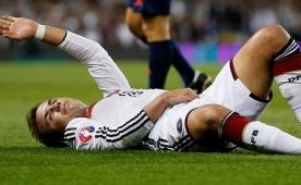 Bayern'de sakatl�k kabusu! 3 ay yok...