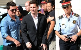 Messi ailesine hapis �oku! Karar a��kland�