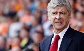 Wenger 'emeklilik' i�in ilk kez konu�tu