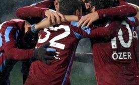 Trabzon'da ayr�l�k a��kland�! O isim