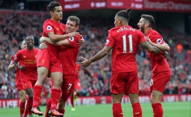 Liverpool Anfield'da �ov yapt�! 6 gol...