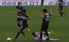 Vural, Demirspor'a yarad�! Tam 5 gol...