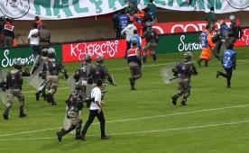 Alanya'da maç sonu olaylar çıktı! 90+5...