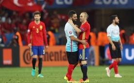 İspanyollar: ''Iniesta düzeltti, Arda bozdu''