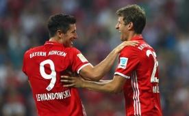 Bayern'den farkl� tarife! Lewandowski...