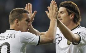 Ve Poldi'den Gomez'e OLAY bir g�nderme!..