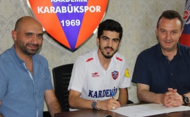 Karab�kspor'dan bir transfer daha! Resmi..