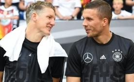 L�w'den Podolski ve Schweini'ye veda!