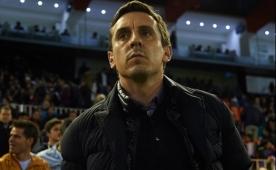 Neville �eytan�n baca��n� k�rd�!
