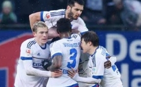 5 goll� ma�ta zafer Hamburg'un oldu...