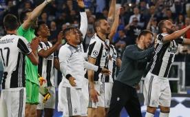 Juventus ilk transferi resmen açıkladı...