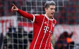 Bayern, Lewandowski ile Köln'ü geçti! Zirve..