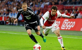 Son finalist Ajax, sahasında şok oldu!