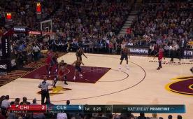 Jimmy Butler, triple-double ile Cavs'i yıktı!