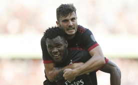 Çalhanoğlu attı, <br>Milan Bayern'i dağıttı