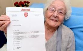 Wenger bunu yaptı! 103 yaşında mutluluk