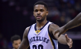 Troy Daniels, Phoenix Suns yolcusu oldu