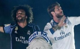 Madrid kutlamasında Pique'ye küfür! Olay...