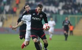 Bursaspor kazandı, Gençler turladı! 90+5